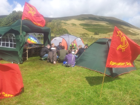 Former YCL General Secretary George Waterhouse leading a class on Trade Unions back at camp after a bit of lunch